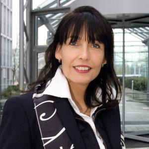 Silvia Kaske arbeitet als Senior Director Channel Sales & Alliances North bei Oracle Deutschland.
