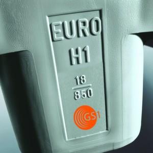 Ab dem 15. Oktober 2012 tragen alle Euro-H1-Paletten des zertifizierten Palettenherstellers Craemer eine Zulassungsnummer sowie das GS1-Logo.