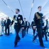 Maritime Industrie segelt mit kräftigem Wind