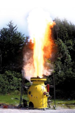 Funktionstest einer Berstscheibe für den Explosionsschutz