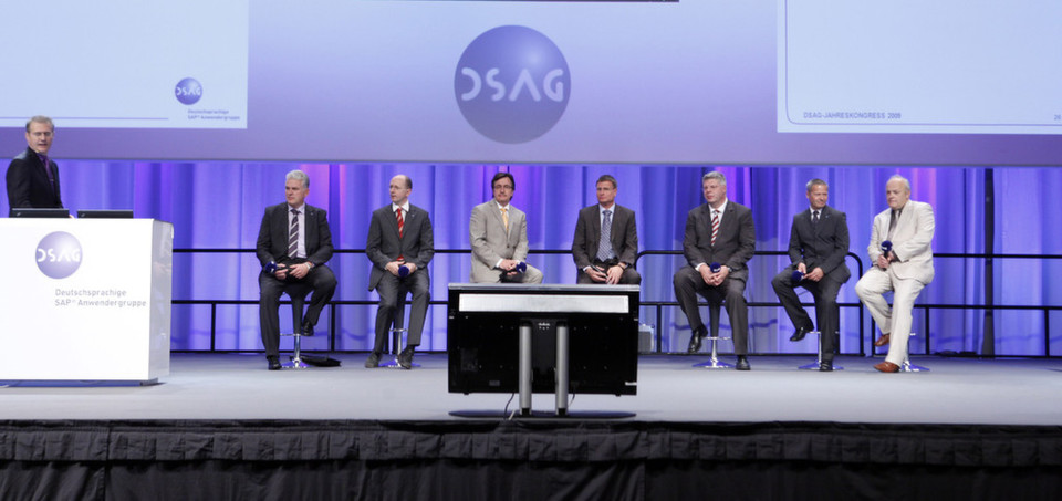 Keynote des 13. DSAG Jahreskongress 2012 in Bremen: Knapp 4.000 Besucher folgten der Einladung mit reichhaltigem Programm: 300 Vorträge in 52 Themensitzungen und 175 Partner auf einer Ausstellungsfläche von 14.600 Quadratmetern.