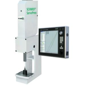 Das Servopress-System kann mit der Ablaufsteuerung Presscontrol 5000 ausgestattet werden, um die individuelle Gestaltung der Prozesse zu ermöglichen.