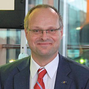 """Dr. Olaf Munkelt, Vorsitzender des VDMA Industrielle Bildverarbeitung sagte anlässlich einer Pressekonferenz auf der Vision: """"Trotz makroökonomischer Unsicherheiten wird der Branchenumsatz 2013 den bisherigen Spitzenwert von 1,5 Mrd. Euro erreichen."""""""