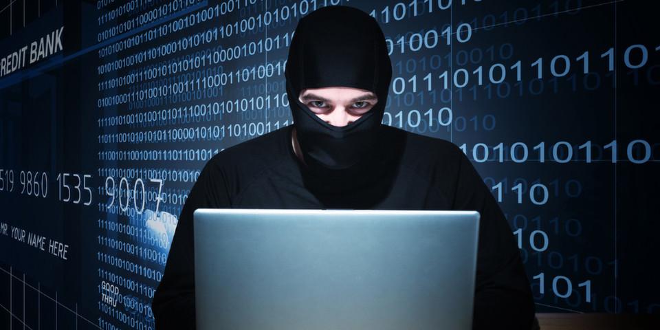 Kommt er ins Spiel, ist es eigentlich schon zu spät: Unternehmen müssen immer einen Schritt voraus sein, um sich gegen Datendiebe und Saboteure zu schützen – auch in der Cloud.
