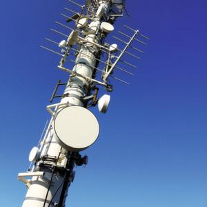 Funk- und Telekommunikationsanlagen: Wie müssen solche Anlagen bewertet werden, damit sie nach der R&TTE-Richtlinie konform sind?