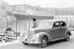 1951 ging es bei Mercedes-Benz wieder los mit der Oberklasse: Der neue 220 (W187) war zusammen mit dem 300er der erste Sechszylinder von Mercedes-Benz nach 1945.