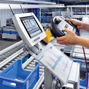 Die TGW-Steuerung Commander regelt die Abläufe im Logistikzentrum des Verbindungstechnik-Herstellers Böllhoff.