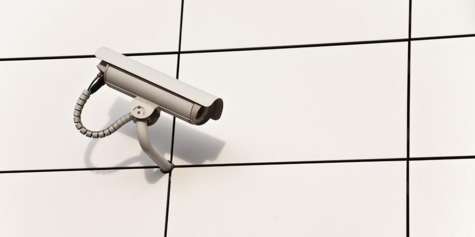 Im Kampf gegen Terroristen und Computerkriminelle räumen US-Gesetze den Sicherheitsbehörden größere Rechte ein, als die EU bisher ahnte.