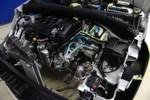 Kern des Konzepts sind eine Hydraulikpumpe, ein Hydraulikmotor und ein Druckspeicher. Die Hydraulikaggregate sind an der Antriebsachse montiert. Beim Bremsen ...