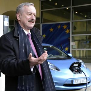 EU-Kommission fordert mehr Tankstellen für umweltfreundliche Kraftstoffe