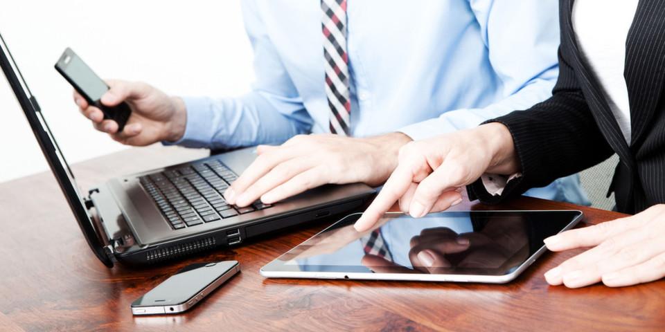 Mit MobileFirst will IBM Unternehmen bei der Entwicklung maßgeschneiderter mobiler Strategien und Lösungen unterstützen und sie bei ihrer Entwicklung hin zu einem mobilen Unternehmen als verlässlicher Partner begleiten.