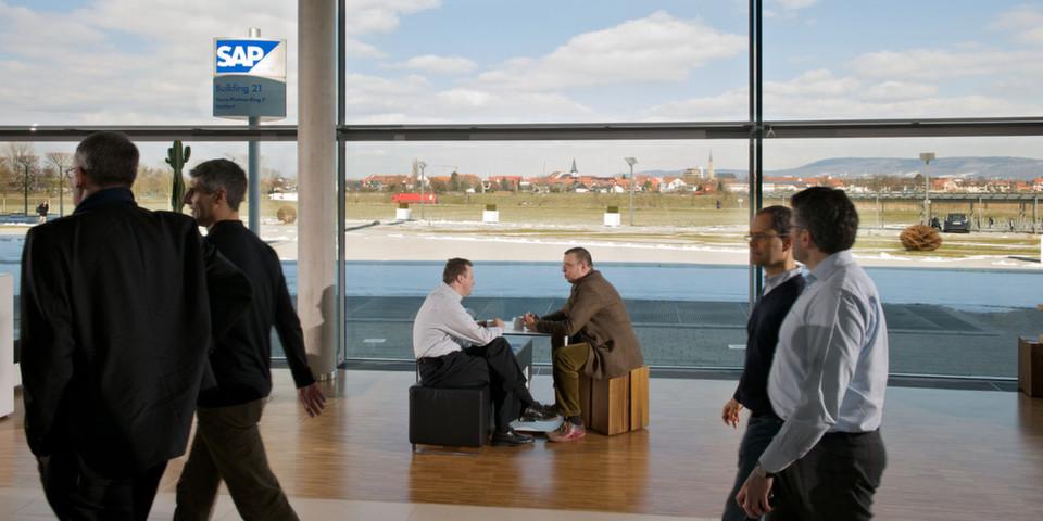 Nach erfolgreichem Abschluss des Pilotprojekts im eigenen Unternehmen, kommt die optimierte interne Version unter dem Namen SAP Mobile Documents auf den Markt.