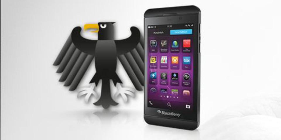 """Seit 2009 telefonieren und simsen Bundespolitiker sicher mit Secusmart-Technik und werden es mit """"SecuSUITE for Blackberry 10"""" auch weiter tun können."""