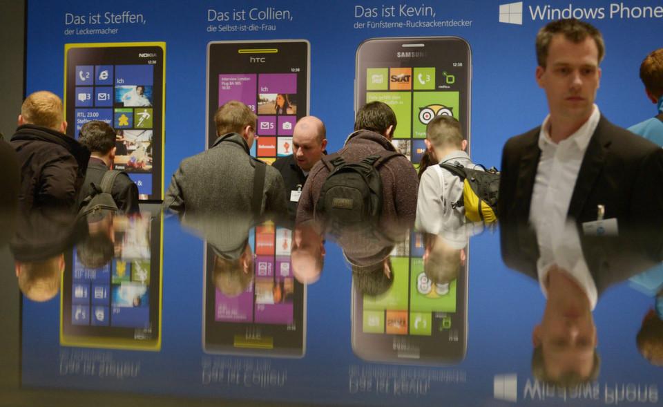 Vom Windows-Phone bis zum fahrbaren Rechenzentrum hat die Cebit alles versammelt, was IT- und TK-Branche zu bieten haben.