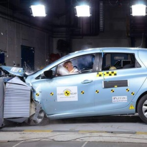 Renault ZOE: Die Elektrolimousine erreicht fünf Sterne beim Euro-NCAP-Crashtest
