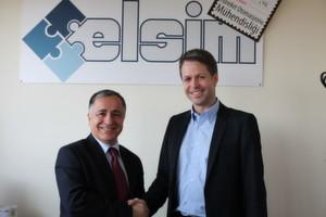 Udo Panenka und Hasan Basri Kayakiran sind sich schnell einig geworden: Kollmorgen hat die türkische Elsim Elektroteknik Sistemler AS übernommen.