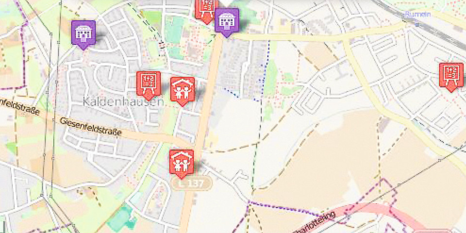 Karte mit Markern, die Links auf Daten enthalten