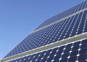 Geht es nach den Prognosen des Bundesumweltministeriums, wird die Bedeutung der Erneuerbaren Energien in Deutschland deutlich steigen. Bild: BMU / Bernd Müller