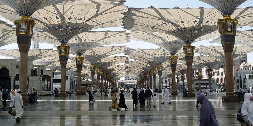 Die Schirme von SL Rasch im saudi-arabischen Medina.