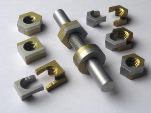 Produktauswahl für viele Einsatzmöglichkeiten: Die TwinNut ist als runde Variante oder in Vier- und Sechskantausführung erhältlich.