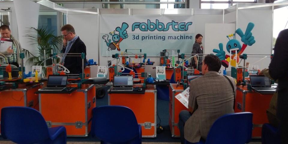 Zum Ausprobieren bereit: Der 3D-Drucker Fabbster von Sintermask.