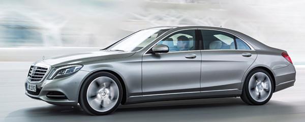 """""""Das beste Automobil der Welt"""": Die Erwartungshaltung der Kunden an eine neue S-Klasse ist hoch. Mercedes-Benz präsentierte am 15. Mai in Hamburg sein neues Flaggschiff."""