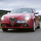 """Das leuchtende """"Rosso Competizione"""" ist für Lackierer eine echte Herausforderung."""