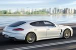 Weniger offen hinsichtlich der Zulieferer gibt sich Porsche bei seinem Modell Panamera S E-Hybrid.