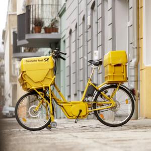 Bereits seit dem Jahr 2000 werden bei der Deutschen Post Elektrofahrräder der Pedelec-Klasse eingesetzt.