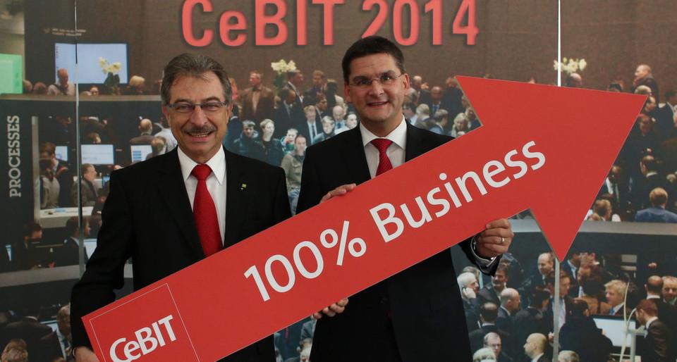Jetzt wirklich: Die Cebit wird eine 100-prozentige Business-Veranstaltung, kündigen Bitkom-Präsident Prof. Dieter Kempf (l.) und Messevorstand Oliver Frese (r.) an.