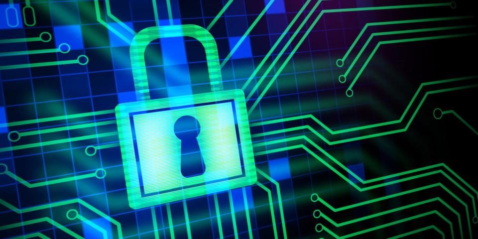 Setzt ein Unternehmen ERP-Systeme ein, muss es bei aufgrund dort gespeicherten sensiblen Personen- und Prozessdaten großen Wert auf Datensicherheit legen. Die Komplexität von ERP-Lösungen macht eine zuverlässige manuelle Analyse unmöglich und sollte daher automatisiert erfolgen.