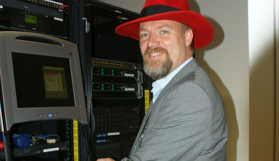 Andreas Stolzenberger leitet das Red-Hat/Intel-Lab in Grasbrunn. bei München.