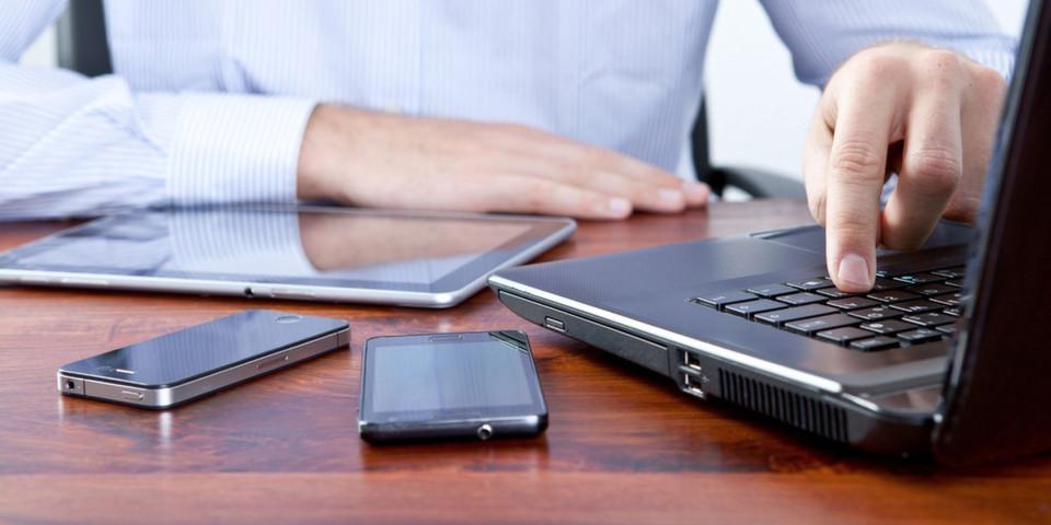 Von mobilen Cloud-Lösungen erwarten Unternehmen vor allem mehr Flexiblität in ihrer täglichen Arbeit. Sicherheitsbedenken bremsen ihre Investitionsbereitschaft allerdings noch aus.