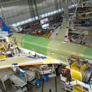 In der Airbus-Fertigung erfolgt die Verfolgung und Auswertung aller Komponenten sowie des kompletten Prozesses in Echtzeit.