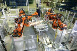 Für die nächsten Jahren rechnet das IFR mit einem steigenden Roboterabsatz von durchschnittlich sechs Prozent pro Jahr.