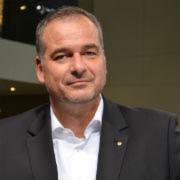 Ferry Franz, General Manager Lexus Deutschland, will den Kunden in den Lexus-Foren außergewöhnliche Erlebnisse bescheren.