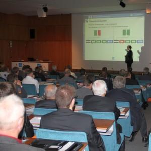 Der VDI lud zum 17. Mal zur zweitägigen Flurförderzeugtagung mit Fachausstellung nach Baden-Baden.