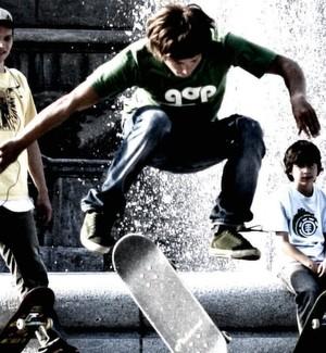 Skater: Skateboards mit Motor gelten als Kraftfahrzeug