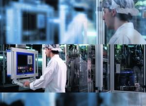 Die Produktion von Einspritzventilen erfordert höchste Präzision unter Reinraumbedingungen. Bild: Siemens VDO