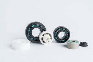 Maßgeschneiderte Durobal-Produkte von Trelleborg Sealing Solutions bestehen komplett aus Thermoplasten und Glas. Sie arbeiten reibungsarm, selbstschmierend und wartungsfrei.