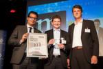 Dr. Dominik Wagemann, marconomy, Dr. Andreas Bauer, KUKA, und Andreas Pfeilschifter, marconomy, freuten sich mit und über den B2B Marketing Kopf 2013.