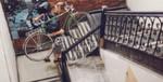 Der FlyKly-Fahrradmotor lässt sich per App steuern und erreicht eine Höchstgeschwindigkeit von bis zu 32 km/h sowie eine Reichweite von knapp 50 Kilometer