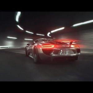 Porsche 918 Spyder: Engine Technology