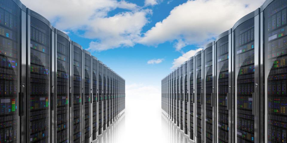 Die Harmonisierung und Vereinbarkeit interner Rechenzentren mit Cloud-basierten Infrastrukturen gehört zu den Grundvoraussetzungen moderner IT-Umgebungen.