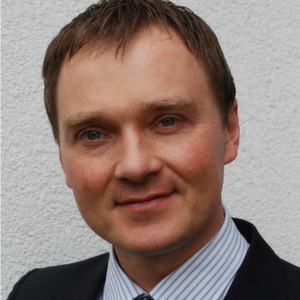 Dr. Grzegorz Ombach, Leiter des Halo-Projekts, sieht kare Vorteile in der induktiven Ladetechnik.