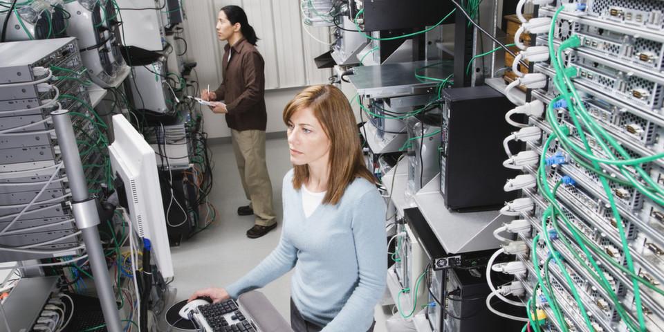 Beim Echtzeit-Monitoring baut DTS Systeme auf den McAfee Enterprise Security Manager.