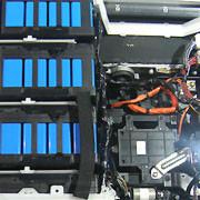 Batteriepaket im Elektroauto: Die Kosten für die Energiespeicher sind bei weitem nicht mehr so hoch wie früher.