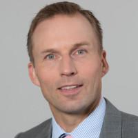 """Jörg Grotendorst: """"Mit dieser Investition bauen wir unser Engagement für Elektromobilität konsequent aus und führen unsere Kompetenzen zusammen."""""""