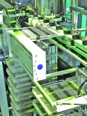 Präzise gefertigte Werkstückträger sind oft Voraussetzung für fehlerfreie Herstellungsprozesse. Bilder: LK-Mechanik