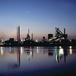 Der Logisitikdienstleister Stute verantwortet am Arcelor-Mittal-Standort Bremen neben der Logistik auch die Probennahme und investiert deshalb in die Ausrüstung und Technik vor Ort.